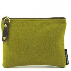 Catherine Aitken - Pansy Cosmetic Bag Acid Green (469.440 IDR) ❤ liked on Polyvore featuring beauty products, beauty accessories, bags & cases, dop kit, travel toiletry case, wash bag, travel bag and toiletry bag