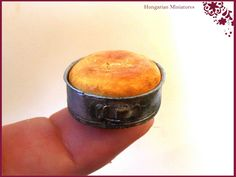 My tiny world: Dollhouse miniatures: Sponge cake in a spring form pan