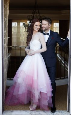 Kat Von D Wears a Dramatic Red Gown with Red Antlers and More Unconventional Celeb Wedding Dresses Lydia Hearst in a pink ombre Christian Siriano wedding dress for her wedding to Chris Hardwick – click ahead for more unusual celebrity wedding dresses A Line Prom Dresses, Long Wedding Dresses, Colored Wedding Dresses, Designer Wedding Dresses, Bridal Dresses, Reception Dresses, Prom Gowns, Dresses Uk, Pretty Dresses