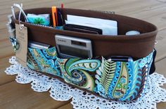 Purse Organizer!  Very detailed how to instructions with many step by step photos.