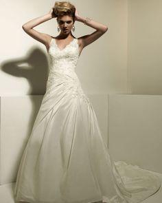 Charming v-neck sleeveless taffeta wedding dress