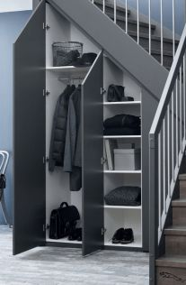 110 Ways to Turn Your Staircase Into Something Remarkable » Engineering Basic Staircase Storage, Stair Storage, Entryway Stairs, Home Stairs Design, Home Room Design, Black And White Cushions, Under Stairs Cupboard, Modern Staircase, House Stairs