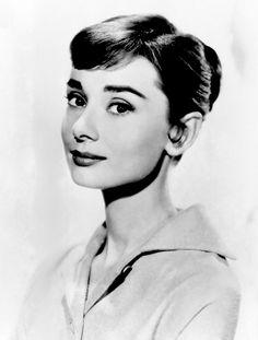 fybombshells:  Audrey Hepburn