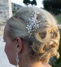 Freshwater pearl bridal hair accessories by AllureWeddingJewelry
