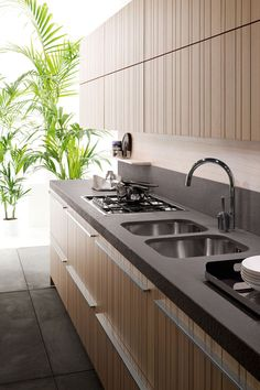 Nice clean lines - photo from Dwell Magazine #kitchens #revitalizeandredesign