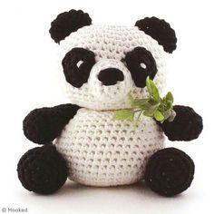Realiza un magnífico amigurimi Oso panda crochet gracias a este tutorial. ¡Es muy fácil!
