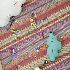 Ideales para la habitación de los niños. Cojin nube pequeña de diseño  estilo nórdico y afcaf09fcf8