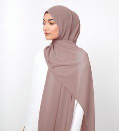 Dusty Pink Soft Crepe Hijab - £11.90 : Inayah, Islamic Clothing & Fashion, Abayas, Jilbabs, Hijabs, Jalabiyas & Hijab Pins