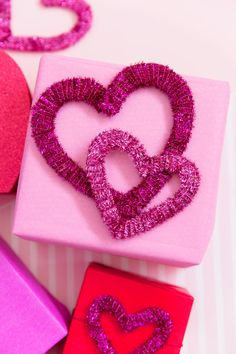 DIY PIPE CLEANER HEARTS - Tell Love and Party