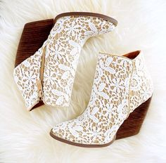 I don't know how comfortable these would be, but they're beautiful and I love the lace detail.