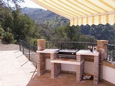 Brick BBQ with side worktops