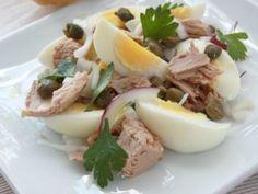 Salata de ton, oua si ceapa, Rețetă Petitchef Healthy Salad Recipes, Vegetarian Recipes, Cooking Recipes, Carb Counter, Good Food, Yummy Food, Vegan Meal Plans, Potato Recipes, Meal Planning