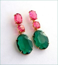 Green/pink /Gold crystal Swarovski earrings luxe Boucles Pink And Gold, Swarovski, Drop Earrings, Crystals, Green, Etsy, Jewelry, Ears, Unique Jewelry