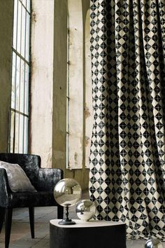 color of walls and curtains  Collection Casamance Monographie