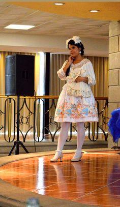 Model: Dulce Hernandez, Photographer: Dandy Zar Fashion Labels, Lolita Fashion, Dandy, Ponytail, Pretty Girls, Fashion Show, Summer Dresses, Model, Beauty