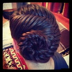 Hair style girl Step By Step for wedding Wedding Hairstyle Images, Wedding Hairstyles, Beautiful Braids, Gorgeous Hair, Little Girl Hairstyles, Messy Hairstyles, Stylish Hair, Synthetic Hair, Hair Inspiration