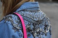 Jaqueta jeans com aplicações