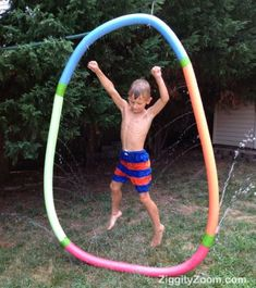 DIY pool noodle Water sprinkler  ... easy and inexpensive way to have fun in your own back yard ... no need to go to the pool if you make this fun water sprinkler!