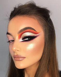 ・・・ Arabian Nights 💫 shadows are Urban Bible palette 🔥 Gatsby… Glam Makeup, Heavy Makeup, Cute Makeup, Makeup Inspo, Eyeshadow Makeup, Makeup Inspiration, Makeup Style, Makeup Shop, Unique Makeup
