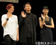 佐藤健「ギャップすてき」HARUHIの歌声に感激 - 映画 : 日刊スポーツ