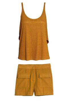 5 chic matching crop top and short sets to wear this summer.