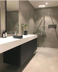 od morgen😃☕️Føler meg som en zombie i dag😵Hadde besøk i går kveld, . Modern Bathroom Mirrors, Bathroom Mirror Design, Master Bedroom Bathroom, Zen Bathroom, Bathroom Design Luxury, Bathroom Styling, Modern White Bathroom, Bathroom Designs, Small Bathroom