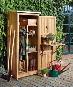 Superb Dekoratives Ger tehaus aus Holz in Grau ein h bscher Blickfang im Garten Mein kleiner Garten Pinterest Modern Modern living and Garten