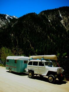 To help get our High River customers in the right state of mind, here are some great vintage camping Jeep . Jeep Willys, Willys Wagon, Cj Jeep, Jeep Truck, T1 Bus, Vw T1, Vintage Jeep, Vintage Trucks, Cool Jeeps