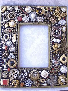 Vintage Jewelry Frames
