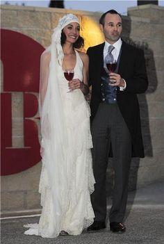 Bodas de Famosos. Andrés Iniesta y Anna Ortiz.