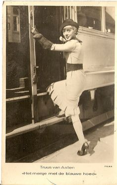 1930s Train Travel...postcard collection  http://stores.ebay.com/Dollface-and-Dapper-Vintage-Clothes