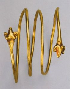Scythian Artifacts from Sarmatian Decorations and the Siberian Gold of Ancient Nomads - Treasures of the Sarmatians, The exhibition catalog by EF. Korol'kova in 2008 at Azov.