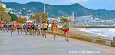Sitges Mitja i Quart de Marató 2013 by Sitges - Imágenes de Sitges, via Flickr