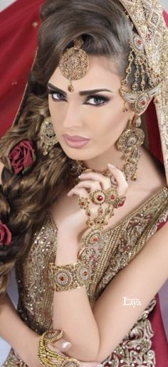 ♔LAYA♔INDIAN BRIDE♔ Indian Bridal Fashion, Indian Bridal Makeup, Bridal Hair And Makeup, Bridal Beauty, Hair Makeup, Indian Makeup Looks, Indian Accessories, Bridal Photoshoot, Indian Beauty