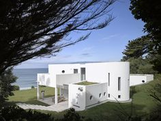"An Architect's Big ""Little Cottage"" That You Can Rent on the South Coast of Cornwall - Dwell"