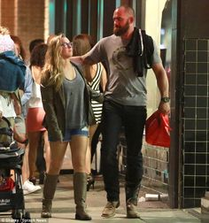 The look of love: Ronda Rousey and Travis Browne were all touchy-feely during a date night in LA, hours after going public with their romance Wwe Couples, Famous Couples, Celebrity Couples, Ronda Rousey Pics, Ronda Rousey Wallpaper, Rowdy Ronda, Ufc Fighters, Female Fighter, Michelle Lewin