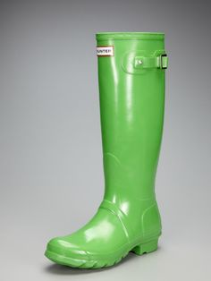 welcome to my welly family - kelly green hunter boots courtesy of gilt!