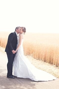 We wish our couple countless sweet kissies and lifetime of happiness Destination Wedding, Wedding Day, Wedding Photography, Photography Ideas, Couples, Wedding Dresses, Unique, Happiness, Sweet