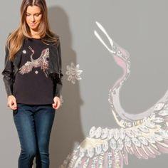 T-shirt estampada com pedraria... Para deixar sua mãe super fashion! #welove#fashion#nandamachado#aquitem