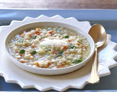 Pastina Soup (Giadzy): the ultimate Italian comfort food; chicken soup with little pasta stars Pastina Recipes, Soup Recipes, Dinner Recipes, Chicken Pastina Soup Recipe, Dinner Ideas, Chicken Soup, Giada Recipes, Cooking Recipes, Healthy Recipes