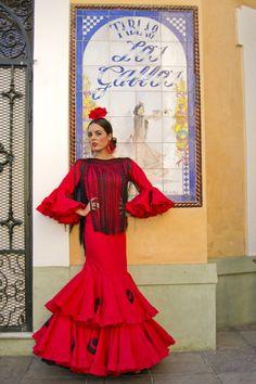 Traje y complementos de Lina Summer Work, Photo Studio, Spain, Aurora Sleeping Beauty, Photoshoot, Culture, Catering, Flamenco Dresses, Disney Princess