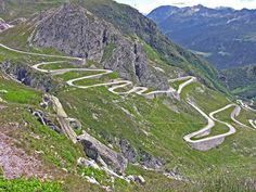 Tremolo, St. Gotthard Pass, serpentines, pass