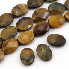 Fasetowane owalne kamienie tygrysiego oka. Na kolczyki, naszyjnik, kamienie mogą być też obszyte sutaszem albo koralikami. Mineral Stone, Minerals, Jewlery, Stones, Jewels, Rocks, Jewerly, Stone, Jewelry