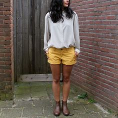 Brown yellow outfit