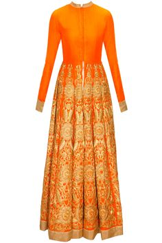 Orange embroidered jacket with off-white printed pants by Vasavi Shah. Indian Attire, Indian Wear, Indian Dresses, Indian Outfits, Nice Dresses, Girls Dresses, Beautiful Suit, Pakistani Bridal Wear, Pakistan Fashion