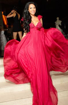 22 Gorgeous Evening Gowns