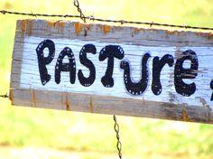 Cute rustic sign!