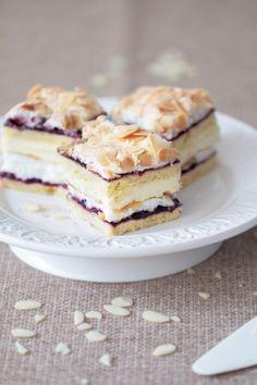 Wiem co jem: Pani Walewska zwana Pychotką Cafe Amaretto, Food Inspiration, Tiramisu, Ale, Food And Drink, Pudding, Sweets, Baking, Breakfast