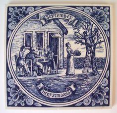 Delft Blauw. Blue Hand Painted Tile : 'Herfstmaand'