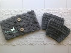 Crochet by Dugan's Girls {Perfect 'Buttoned' Cowl & Ripple Stitch boot cuffs} #DugansGirls #BuyHandMade
